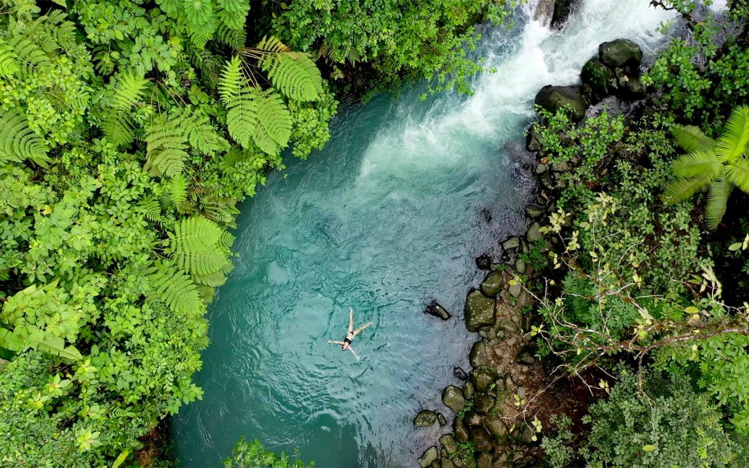 4 in 1 Sloth Water Falls Rain Forest Volcanoes tour